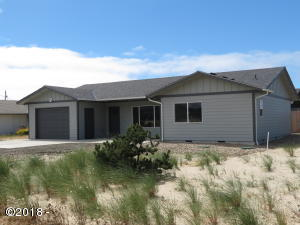 1002 NW Bayshore Dr, Waldport, OR 97394 - Exterior
