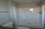 1002 NW Bayshore Dr, Waldport, OR 97394 - Bathroom 3