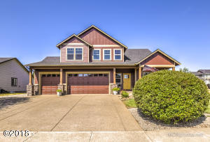 273 Bell Dr SW, Dallas, OR 97338 - Front