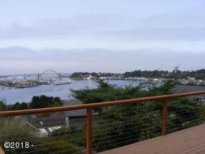 1270 SE Shermer Ct, Newport, OR 97365 - YaQuina Bay View