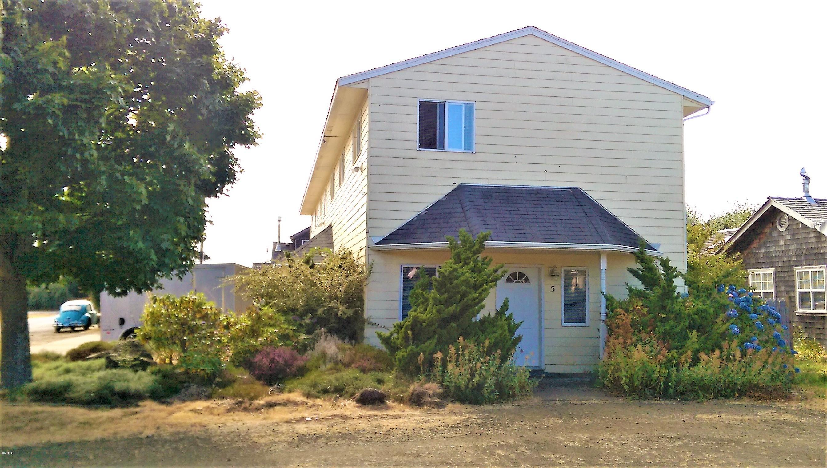 180 NE Grant St, 1,2,3,4,5, Waldport, OR 97394