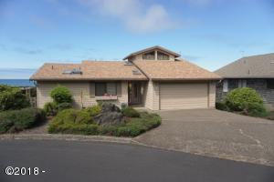 1932 NE Spindrift Court, Lincoln City, OR 97367 - Exterior Front