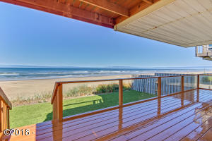 5392 SW Pacific Coast Hwy, Waldport, OR 97394 - 1