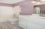 2135 NW Lee Ave, Lincoln City, OR 97367 - Guest Bath