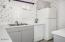 2135 NW Lee Ave, Lincoln City, OR 97367 - Kitchen