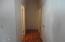 30 Jerome Ct, Gleneden Beach, OR 97388 - 30 jerome ct hallway pic