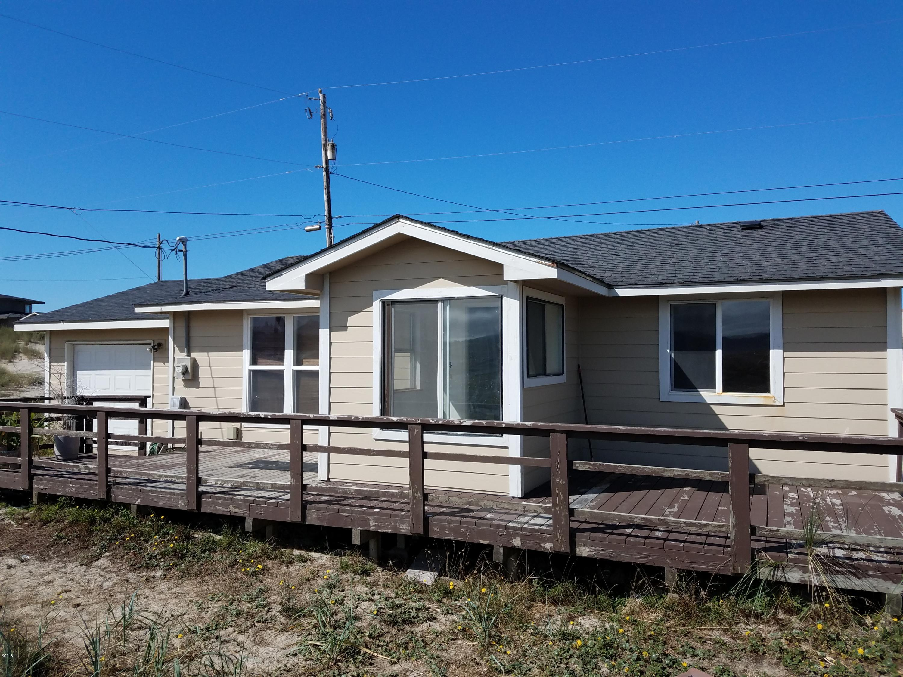 2010 NW Seaview Dr, Waldport, OR 97394 - Front
