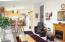 3802 Summit Ridge Cir, Depoe Bay, OR 97341 - Spacious Family Room
