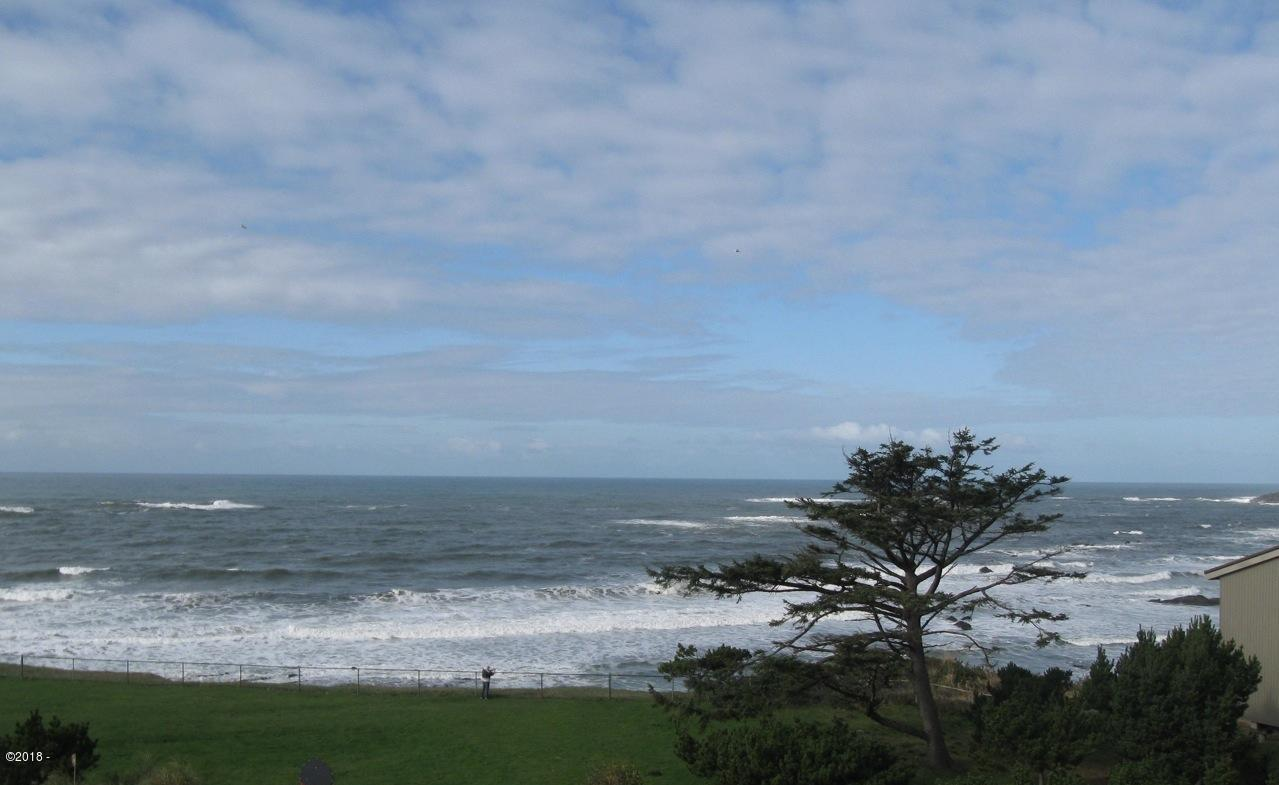 301 Otter Crest Dr, #260-261 1/12th Share, Otter Rock, OR 97365