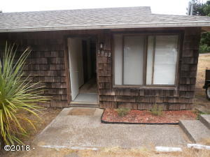 1900/1902 NW Hilton Dr, 1 & 2, Waldport, OR 97394