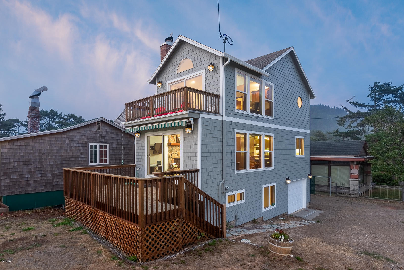 4330 Mcminnville Ave, Neskowin, OR 97149 - Exterior