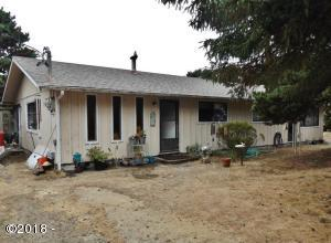 1904/1906 NW Hilton Dr., Waldport, OR 97394