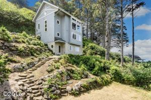 49325 Nescove Dr, Neskowin, OR 97149 - House from lower parking area