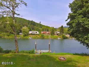 8040 S Siletz River Dr, Lincoln City, OR 97367