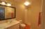 375 Kinnikinnick Way, Depoe Bay, OR 97341 - Entry level bath