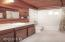 265 El Pueblo Ave, Gleneden Beach, OR 97388 - Bathroom 3