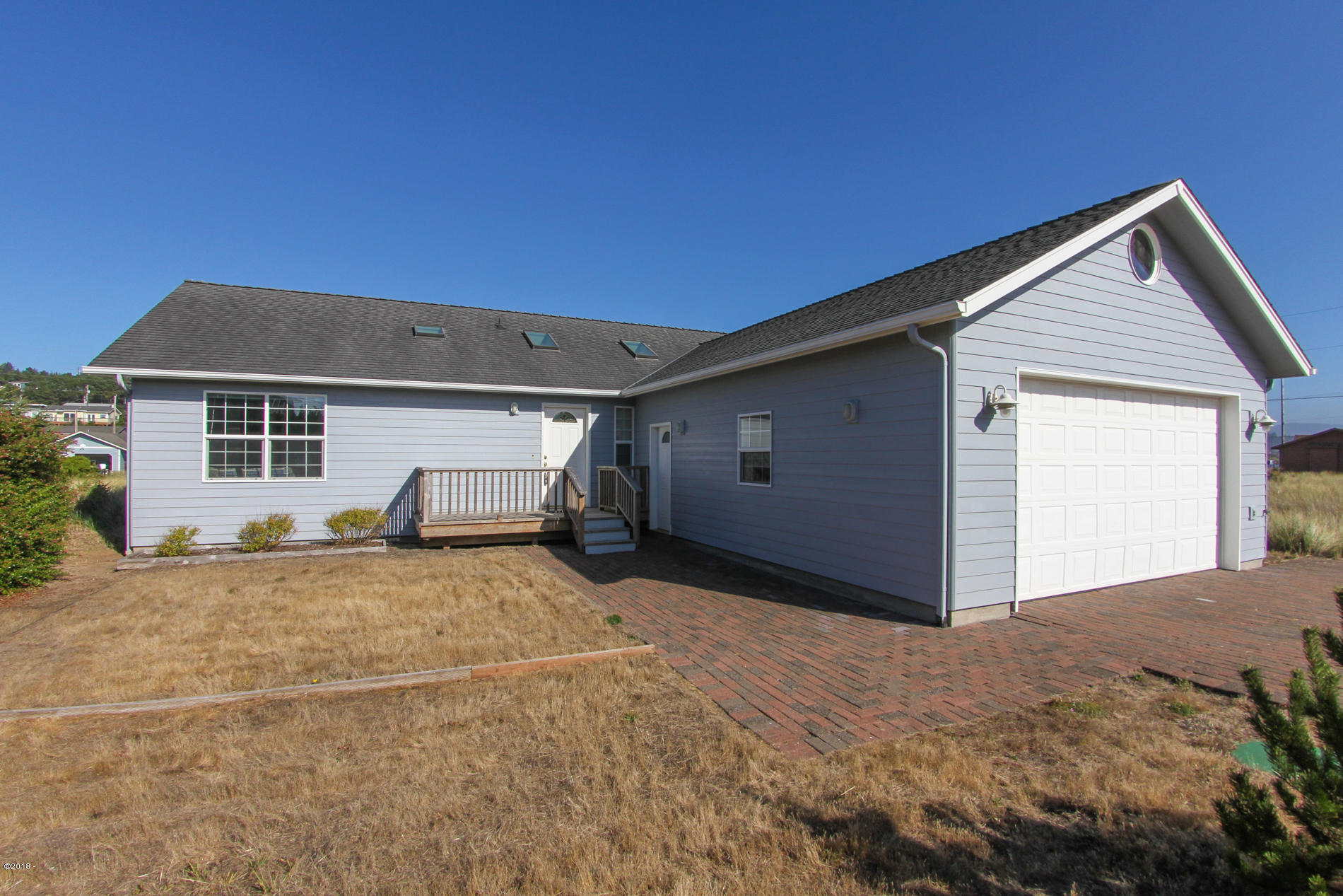 1605 NW Oceania Dr, Waldport, OR 97394 - Front of House