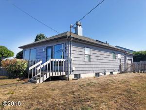 106 NW Nye St, Newport, OR 97365