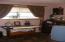 2011 SE Laurel St, Toledo, OR 97391 - Bedroom 3