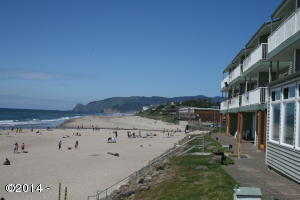 171 SW Hwy. 101 Unit 104, Lincoln City, OR 97367 - Beach View