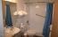 171 SW Hwy. 101 Unit 104, Lincoln City, OR 97367 - Bathroom
