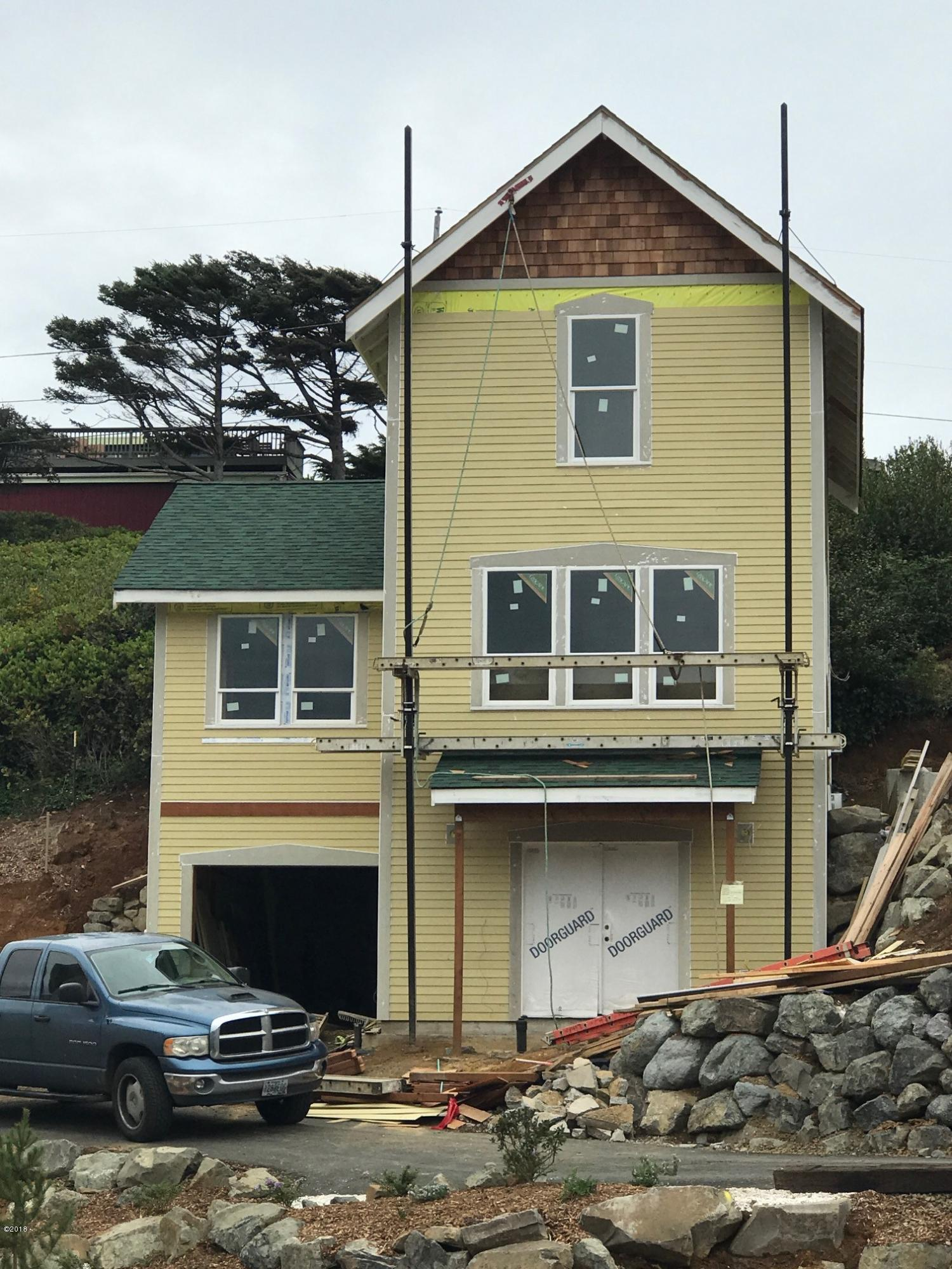 2601 SW Anemone Ave, Lincoln City, OR 97367 - Lot 74 - Siding