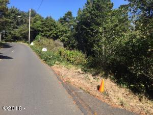 2972 SW Anchor Ave, Lincoln City, OR 97367 - ..