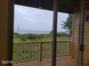 360 Village Ln, Yachats, OR 97498 - Deck off Livingroom