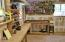 237 E Buck Creek Rd, Tidewater, OR 97390 - possible master in stick built