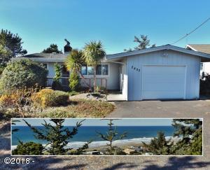 2402 NW Bayshore Loop, Waldport, OR 97394