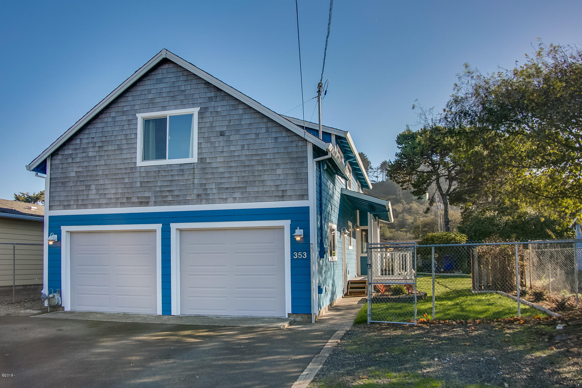 353 NW 58th St, Newport, OR 97365