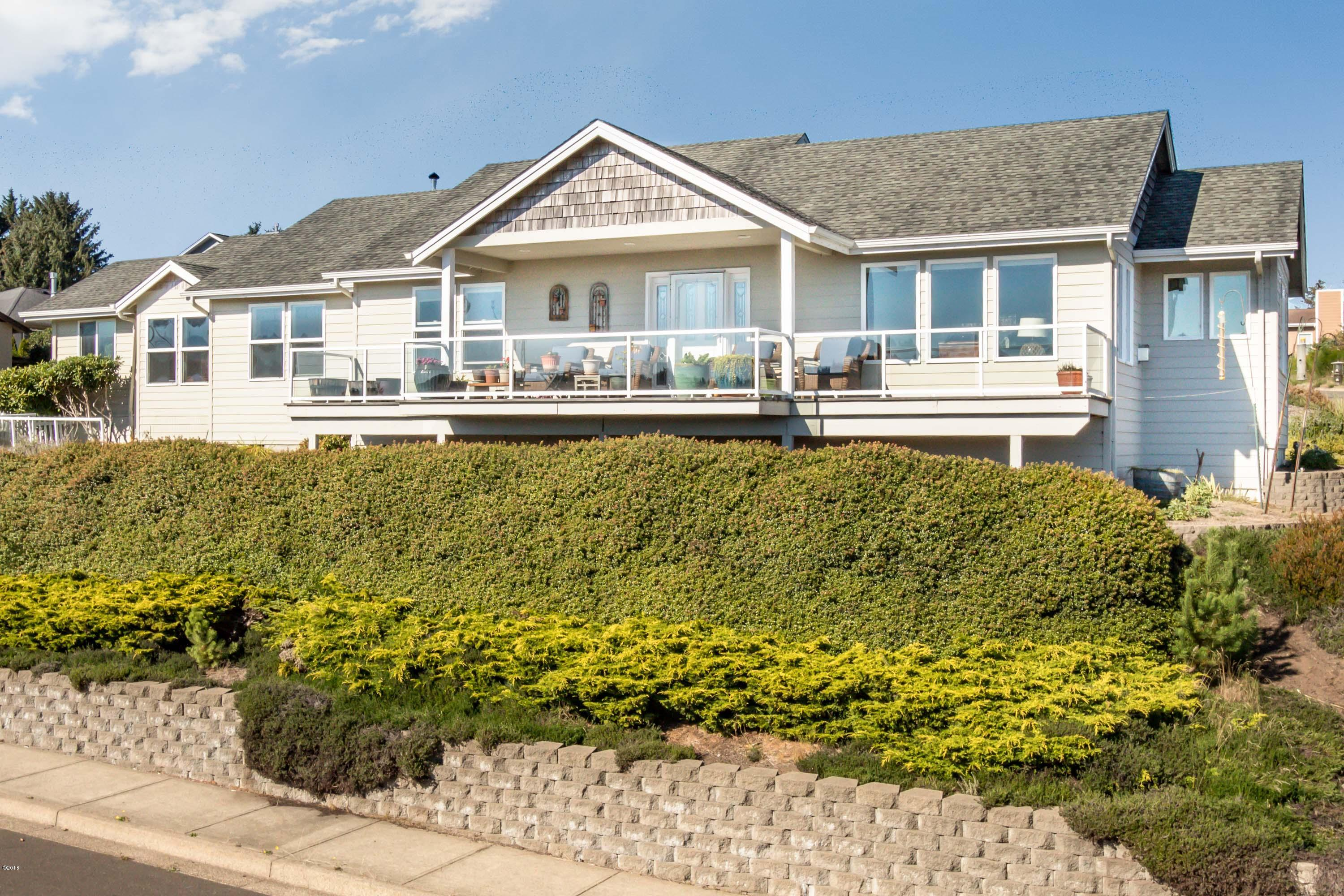 4829 NE Voyage Ave, Lincoln City, OR 97367 - 4829 NE Voyage-1