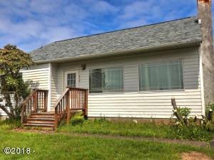 617 E Olive St, Newport, OR 97365