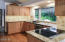 600 Island Dr, 10, Gleneden Beach, OR 97388 - Kitchen