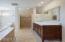 27 Basalt Loop, Yachats, OR 97498 - Master Bathroom