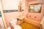7265 Neptune, Gleneden Beach, OR 97388 - Bathroom