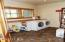 937 N Bayview Rd, Waldport, OR 97394 - Laundry Room