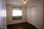 630 SW Fall St, F, Newport, OR 97365 - Bedroom