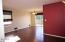 630 SW Fall St, F, Newport, OR 97365 - Living area