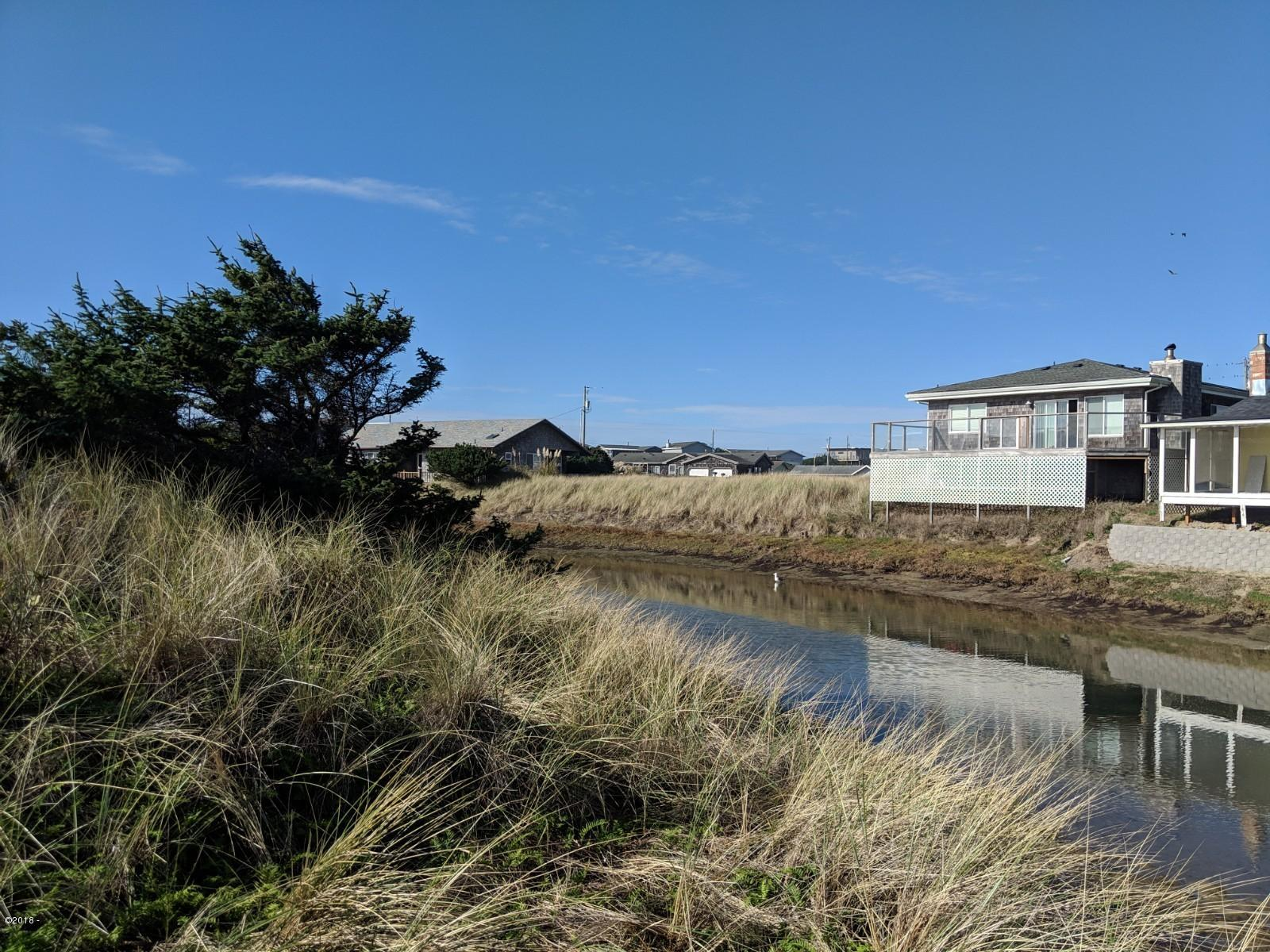 1977 NW Admiralty Cir, Waldport, OR 97394 - IMG_20181030_134557
