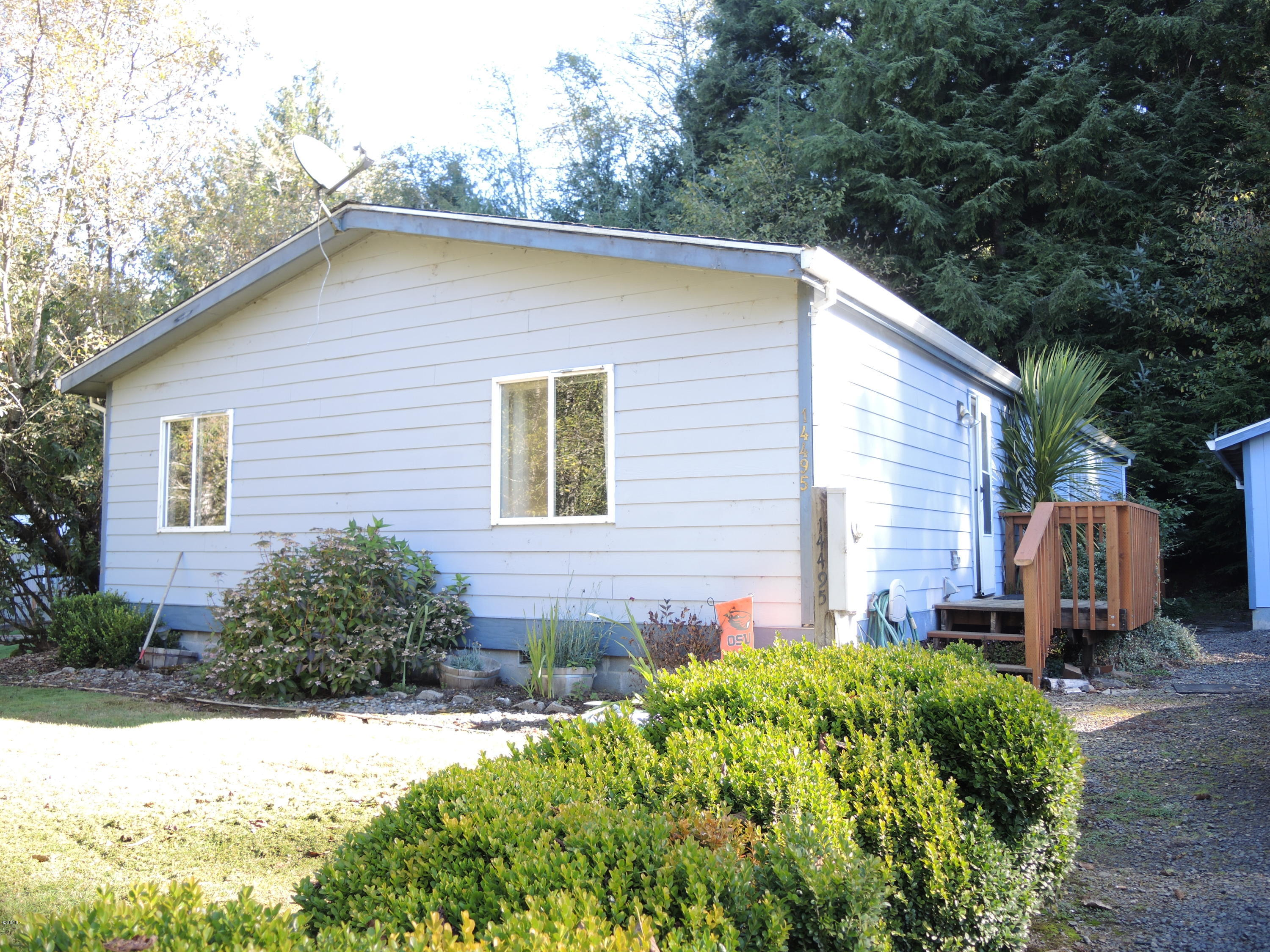 14495 Misty Dr, Cloverdale, OR 97112