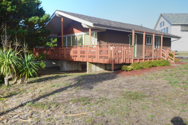 2010 NW Oceania Way, Waldport, OR 97394