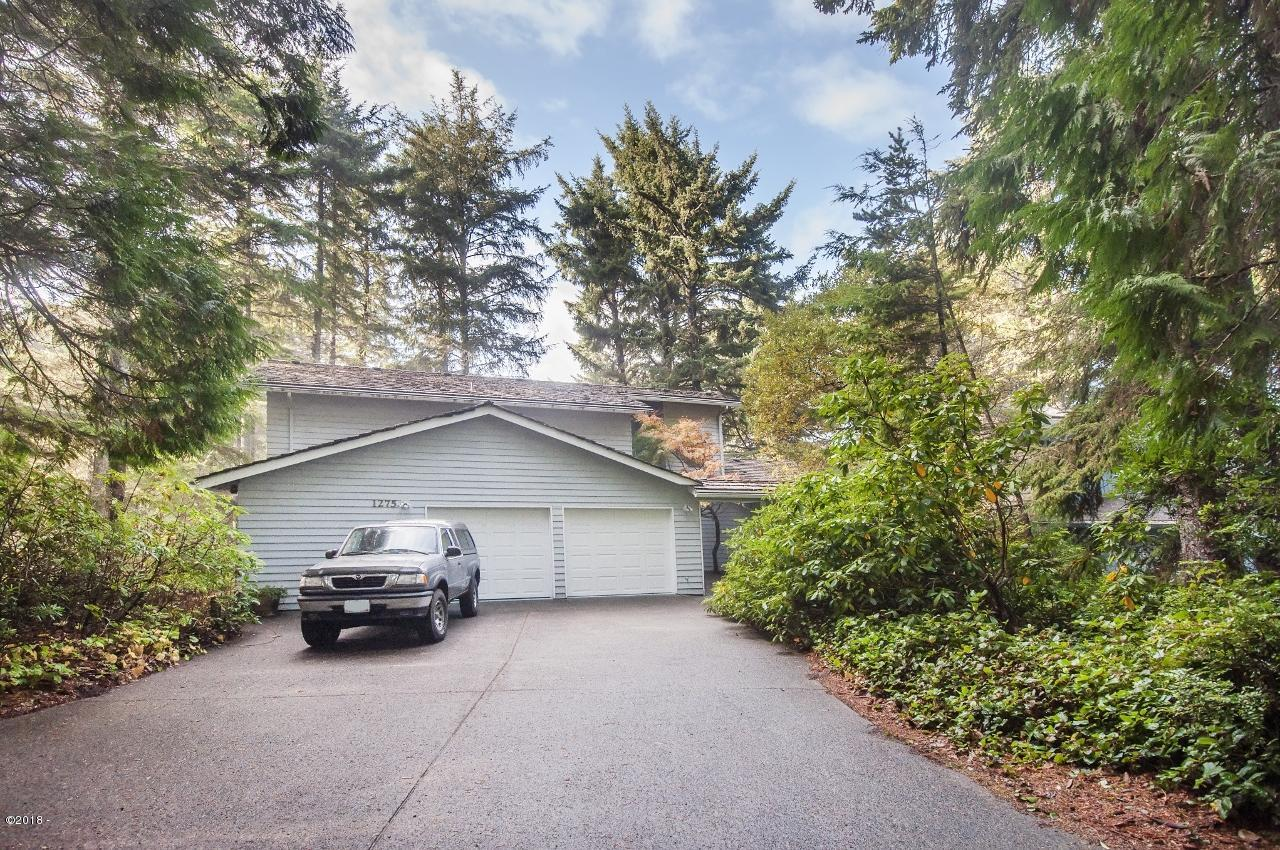 1275 Walking Wood, Depoe Bay, OR 97341 - Front of home - Welcome!!