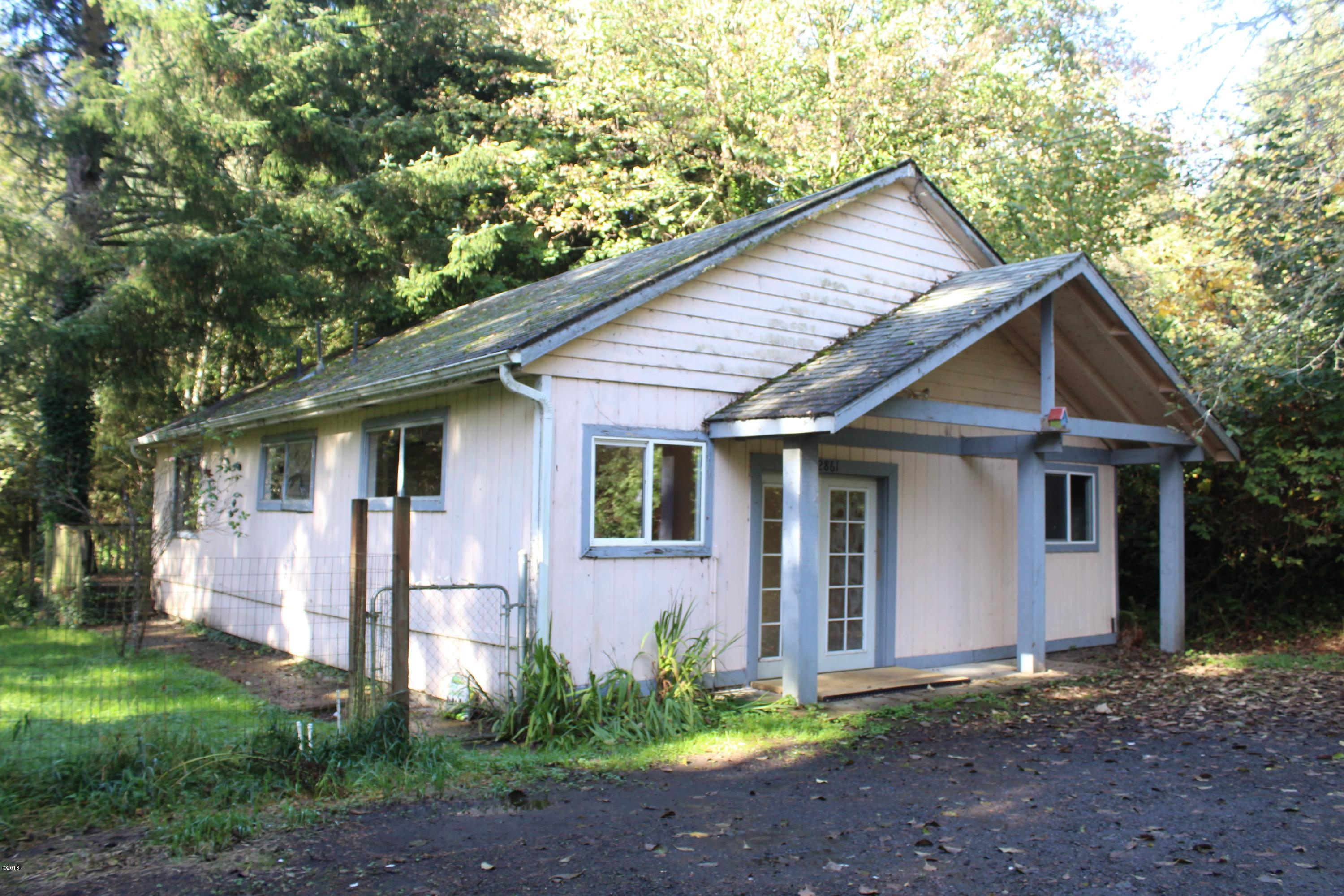 2861 NE West Devils Lake Rd, Lincoln City, OR 97367 - Beautiful Setting
