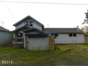 321 N Beacon St, Rockaway Beach, OR 97136 - FRONT