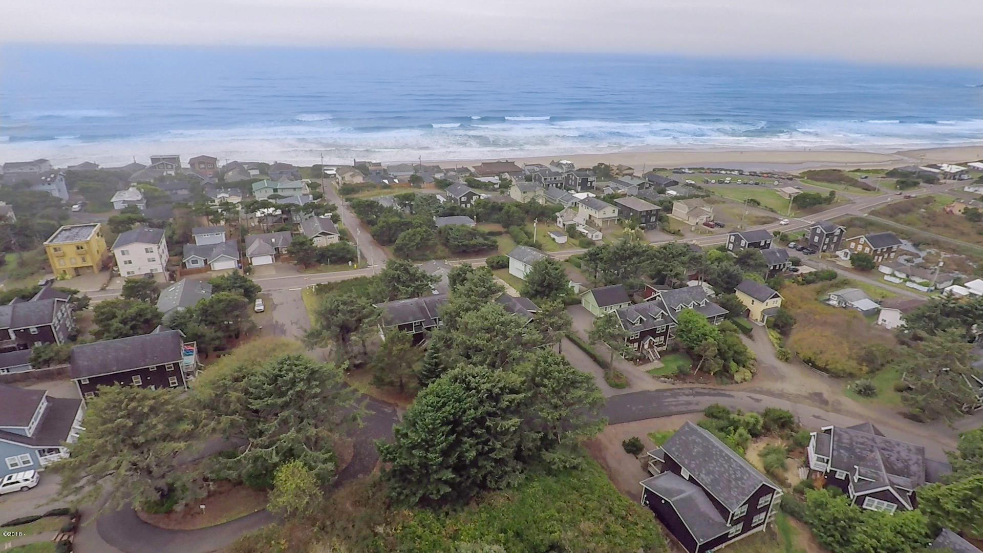 3700 NE Mulberry Loop, Lincoln City, OR 97367