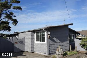 2135 NW Lee Ave, Lincoln City, OR 97367 - 2135 NW Lee Front