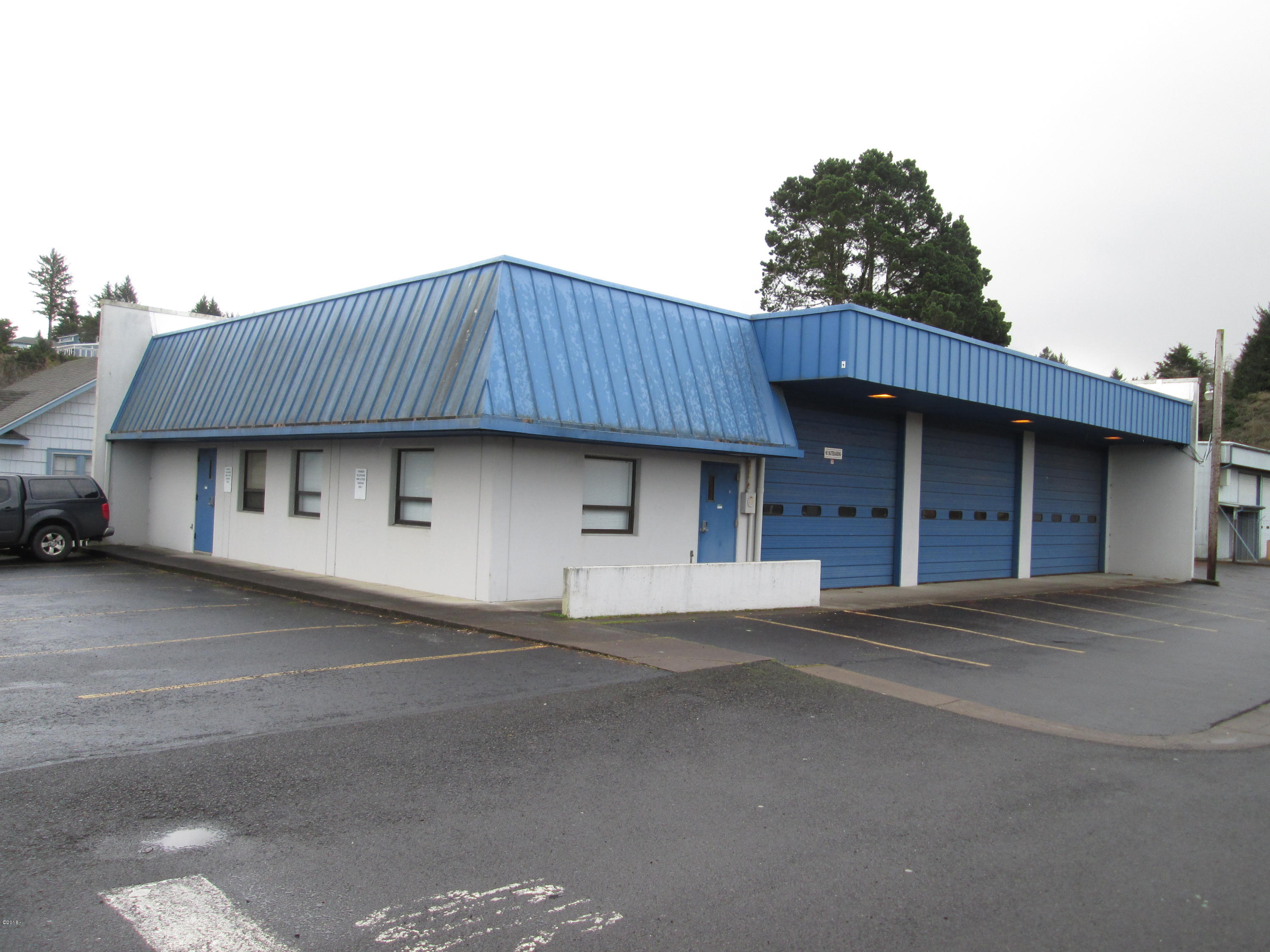 105 -115 SW Strawberry Ln, Waldport, OR 97394