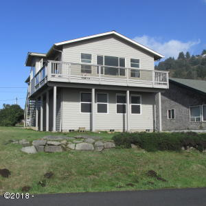 260 W 1ST ST, Yachats, OR 97498