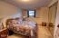911 SW 2nd St, Newport, OR 97365 - Bedroom 2